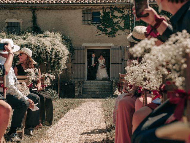 Le mariage de Erwan et Kim à Lussan, Gard 39
