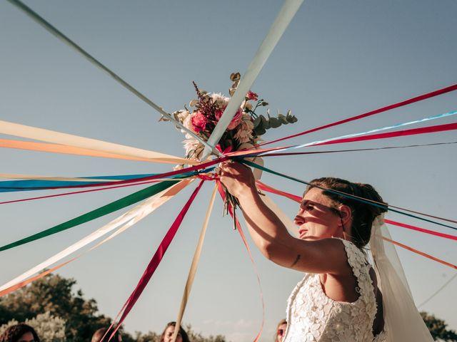 Le mariage de Erwan et Kim à Lussan, Gard 63