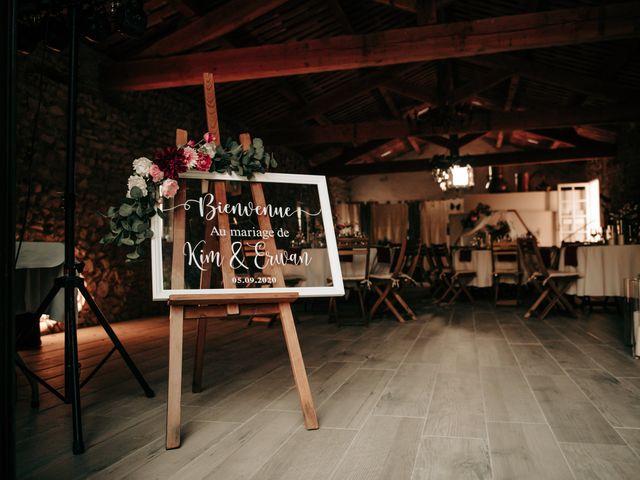 Le mariage de Erwan et Kim à Lussan, Gard 83