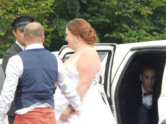 Le mariage de Yannick et Perrine à Le Puy-en-Velay, Haute-Loire 33