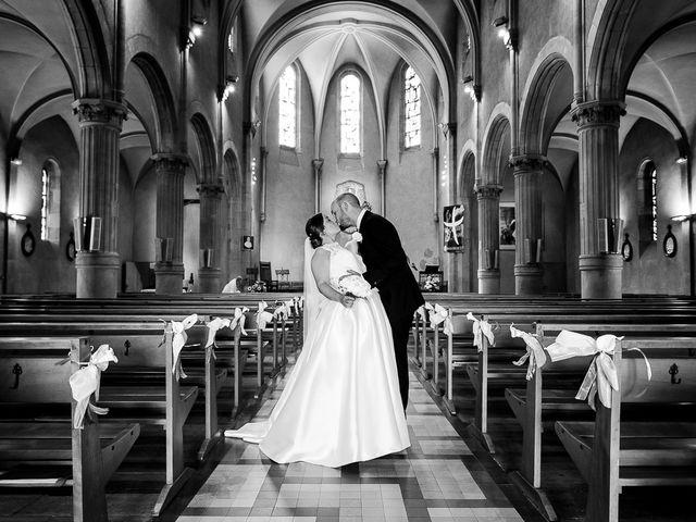 Le mariage de John et Charlotte à Castres, Tarn 56