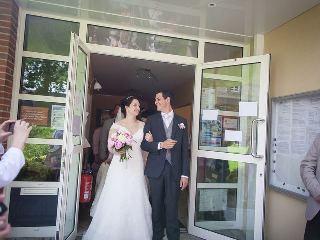 Le mariage de Romain et Laura à Hattenville, Seine-Maritime 26