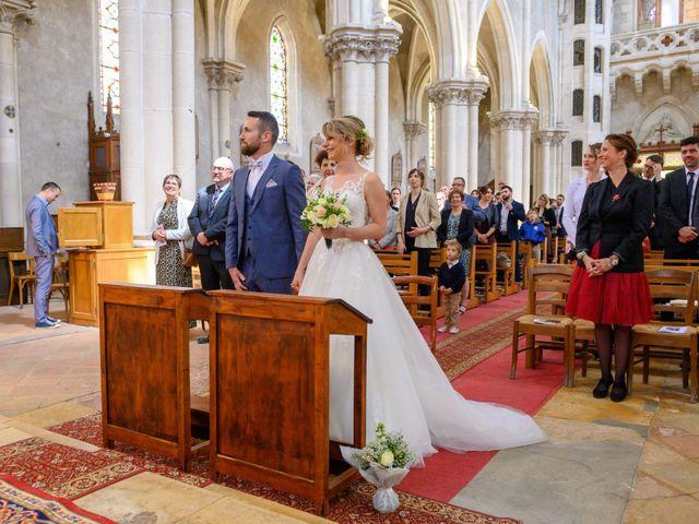 Le mariage de Bastien et Clémentine à Fleurie, Rhône 15