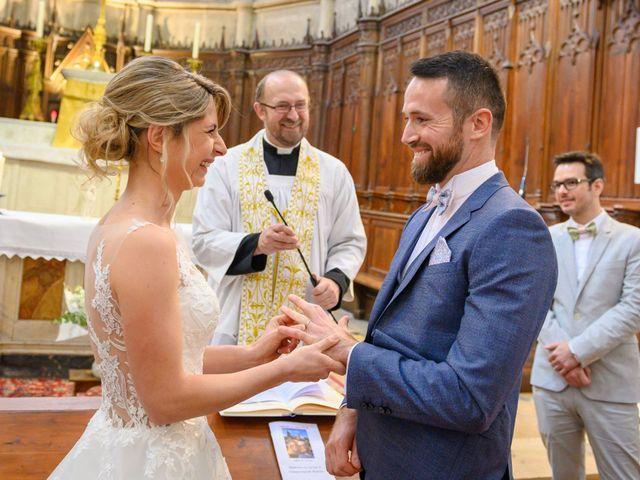 Le mariage de Bastien et Clémentine à Fleurie, Rhône 21