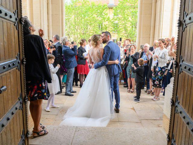Le mariage de Bastien et Clémentine à Fleurie, Rhône 25