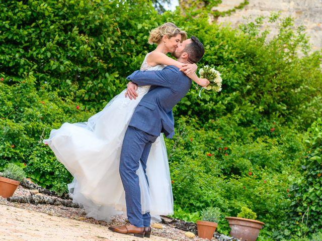 Le mariage de Bastien et Clémentine à Fleurie, Rhône 33
