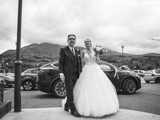Le mariage de Thomas et Aurélie à Vulbens, Haute-Savoie 15