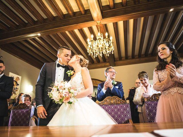 Le mariage de Thomas et Aurélie à Vulbens, Haute-Savoie 17