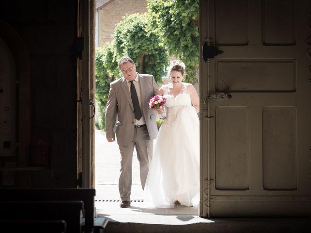 Le mariage de Loic et Camille à Anzy-le-Duc, Saône et Loire 8