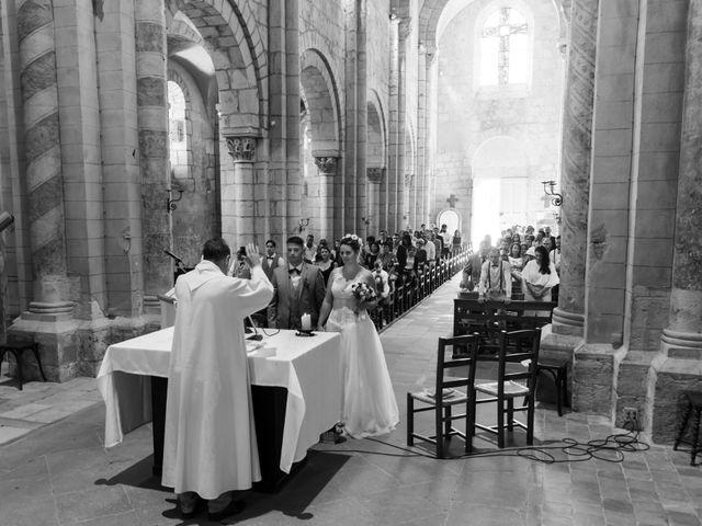 Le mariage de Loic et Camille à Anzy-le-Duc, Saône et Loire 9