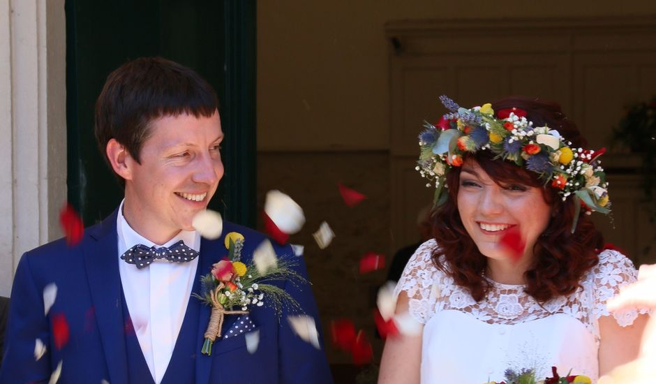 Le mariage de Charles-Antoine et Aurore à Le Fleix, Dordogne