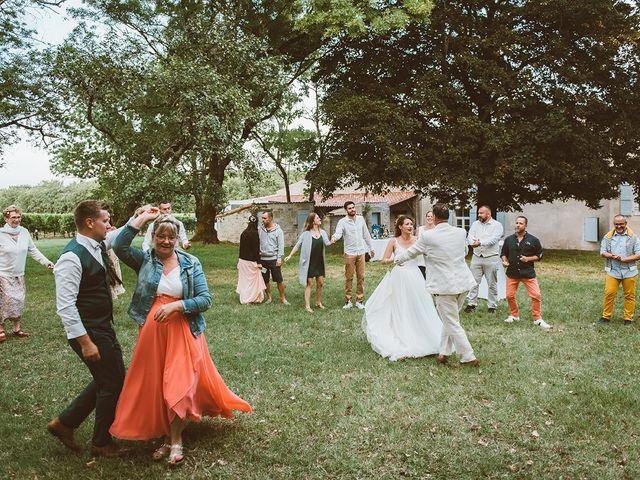 Le mariage de Jérémy et Claire à Arces, Charente Maritime 38