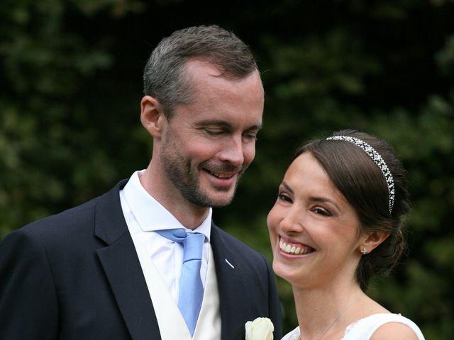 Le mariage de Christophe et Delphine à Vallery, Yonne 32