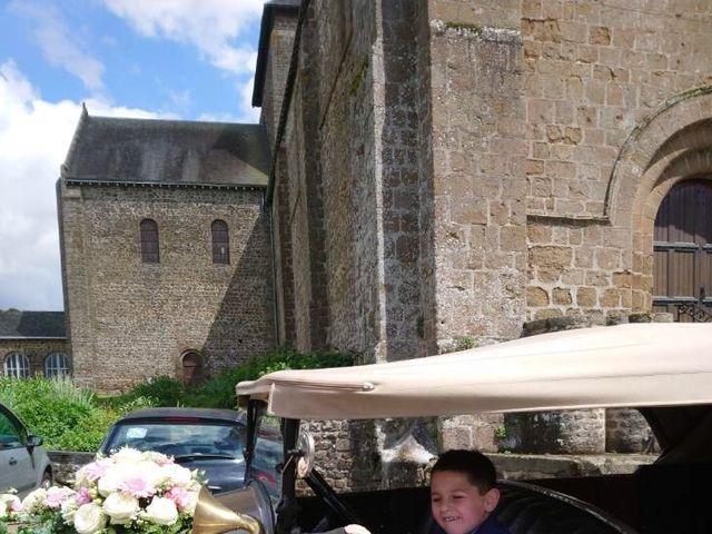 Le mariage de Johnny et Amélie  à Ambrières-les-Vallées, Mayenne 8