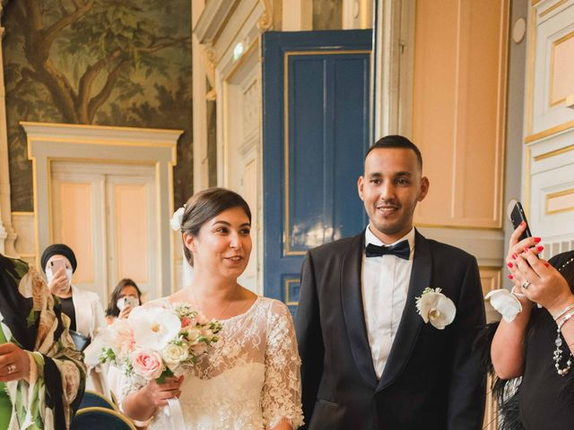Le mariage de Abdallah et Amina à Senlisse, Yvelines 13