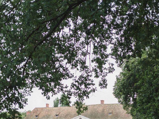 Le mariage de Abdallah et Amina à Senlisse, Yvelines 32