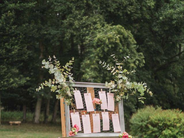 Le mariage de Abdallah et Amina à Senlisse, Yvelines 40