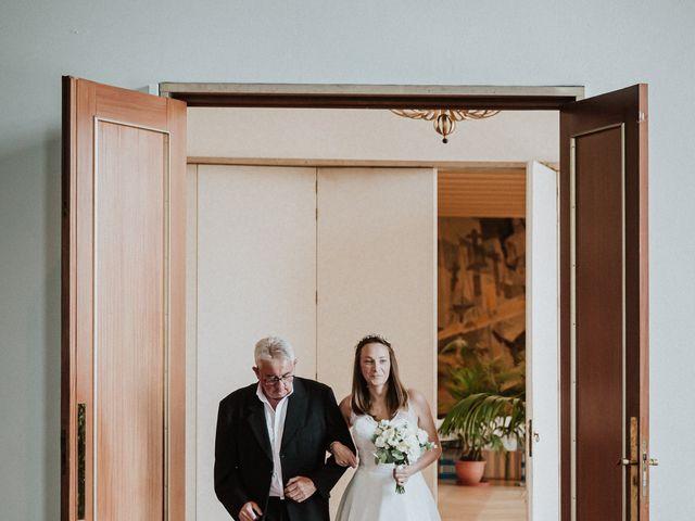 Le mariage de Julien et Nathalie à Lorient, Morbihan 12