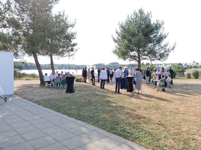 Le mariage de Julien et Nathalie à Lorient, Morbihan 45
