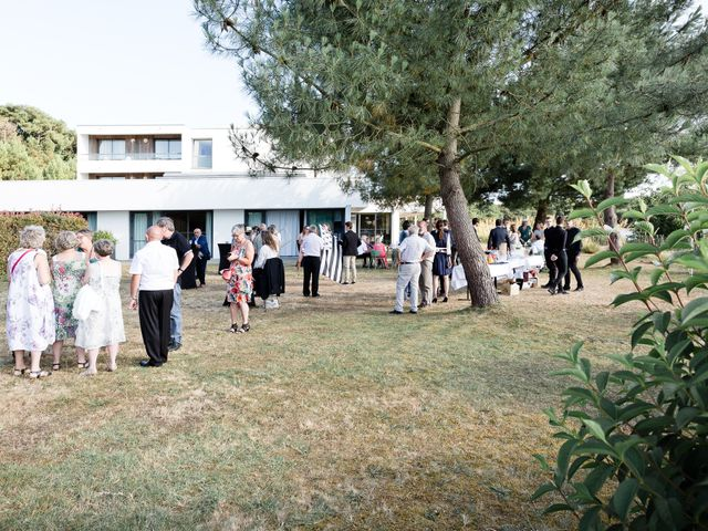 Le mariage de Julien et Nathalie à Lorient, Morbihan 50