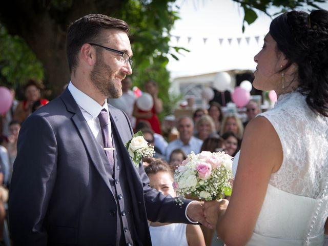 Le mariage de François et Isabelle à Mer, Loir-et-Cher 2