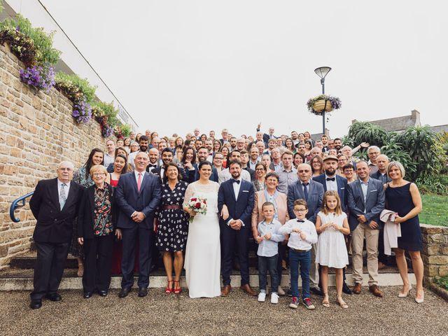 Le mariage de Julien et Sarah à Loperhet, Finistère 14