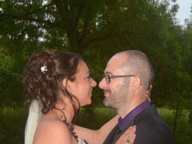 Le mariage de Jonathan et Aurélia à Plaimpied-Givaudins, Cher 6