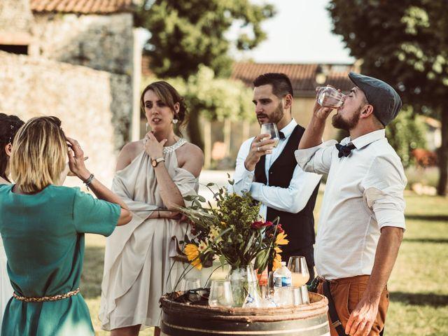 Le mariage de Loic et Marina à Limoges, Haute-Vienne 35