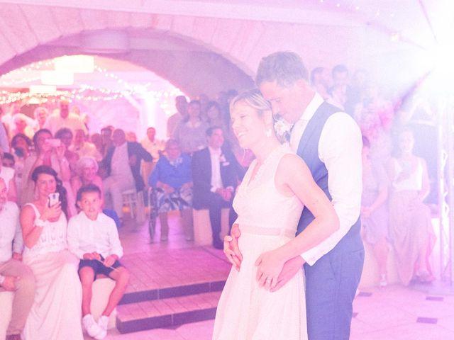 Le mariage de Aurélien et Emilie à Podensac, Gironde 54
