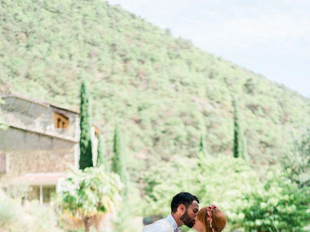 Le mariage de Antonin et Charline à Nyons, Drôme 32