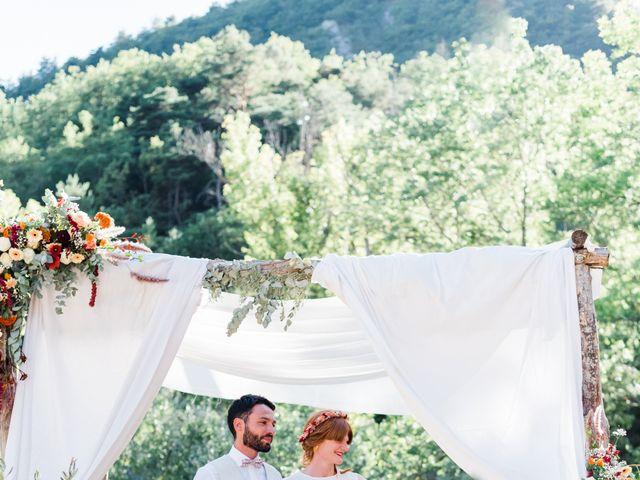Le mariage de Antonin et Charline à Nyons, Drôme 59
