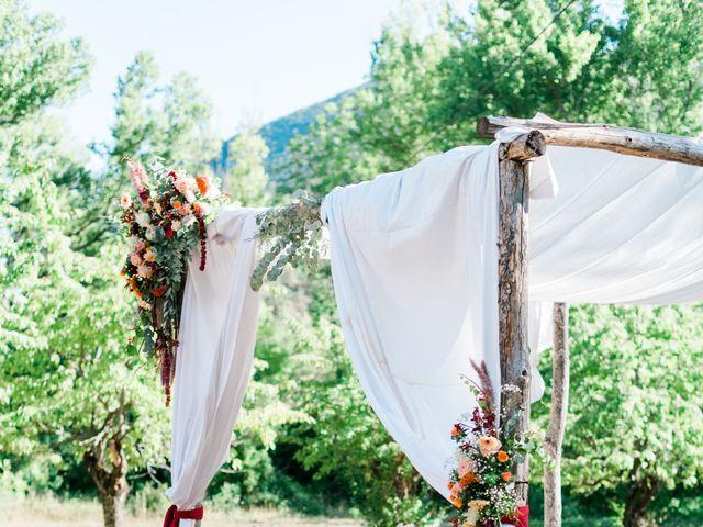 Le mariage de Antonin et Charline à Nyons, Drôme 61