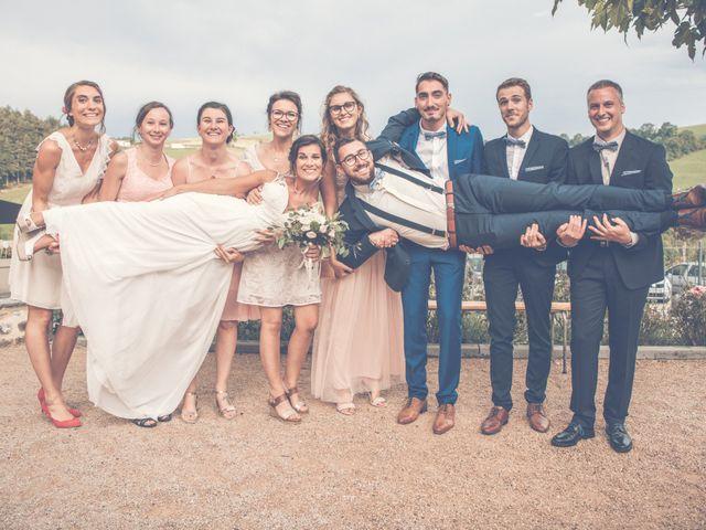 Le mariage de Benjamin et Justine à La Tour-en-Jarez, Loire 33