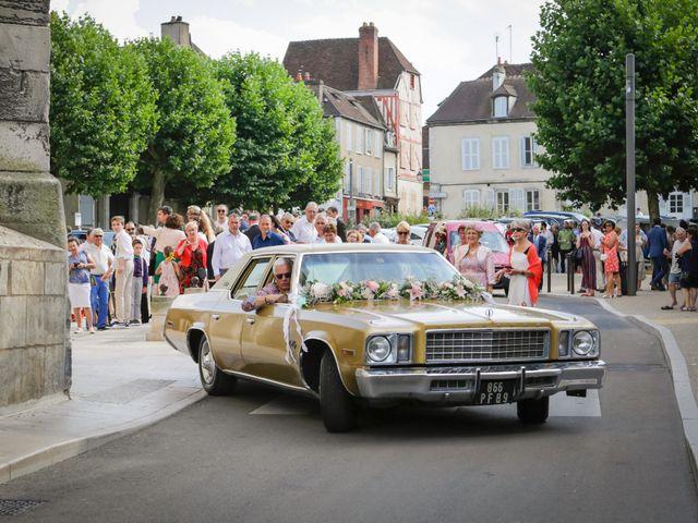 Le mariage de Florian et Christine à Auxerre, Yonne 38