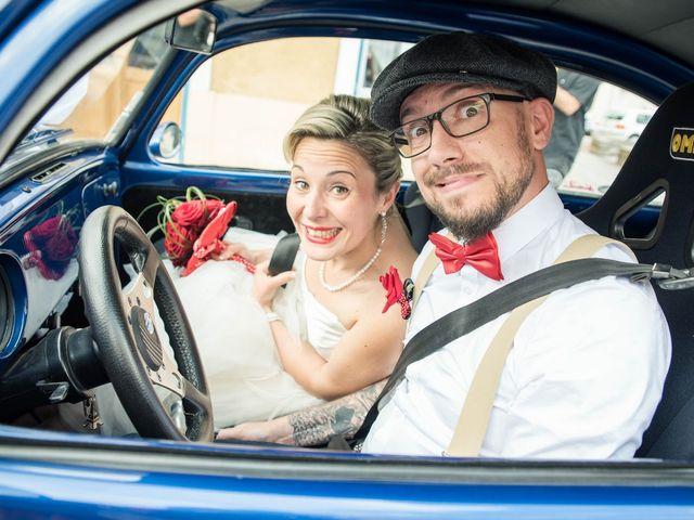 Le mariage de Maxime et Gaëlle à Chazelles-sur-Lyon, Loire 21