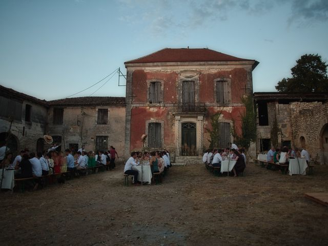 Le mariage de Charles et Marion à Agonac, Dordogne 24