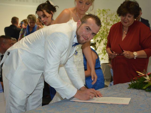 Le mariage de Emilie et Florian à Ousse-Suzan, Landes 9