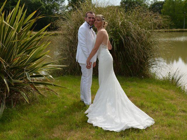 Le mariage de Emilie et Florian à Ousse-Suzan, Landes 20
