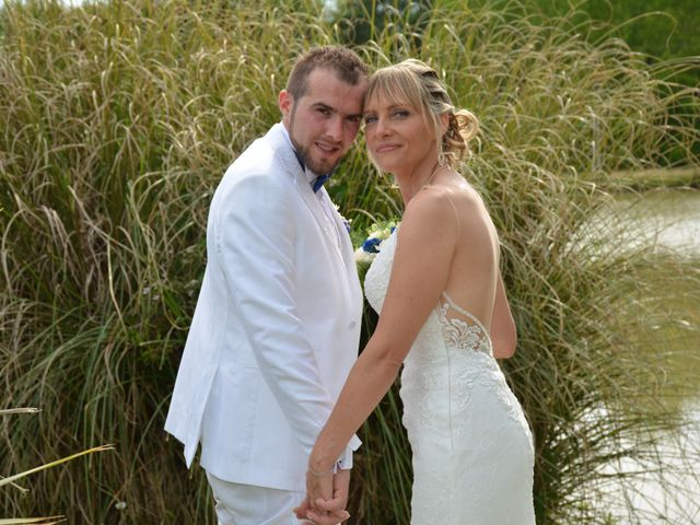 Le mariage de Emilie et Florian à Ousse-Suzan, Landes 21