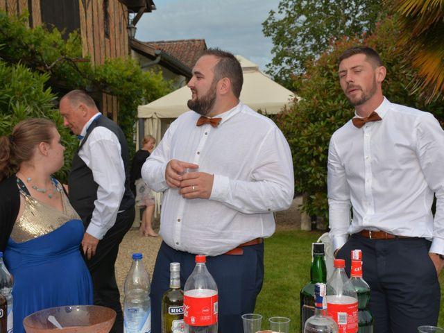 Le mariage de Emilie et Florian à Ousse-Suzan, Landes 36