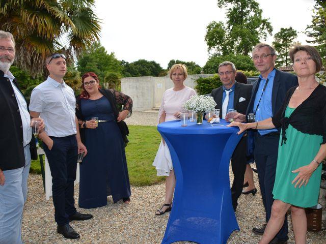 Le mariage de Emilie et Florian à Ousse-Suzan, Landes 38