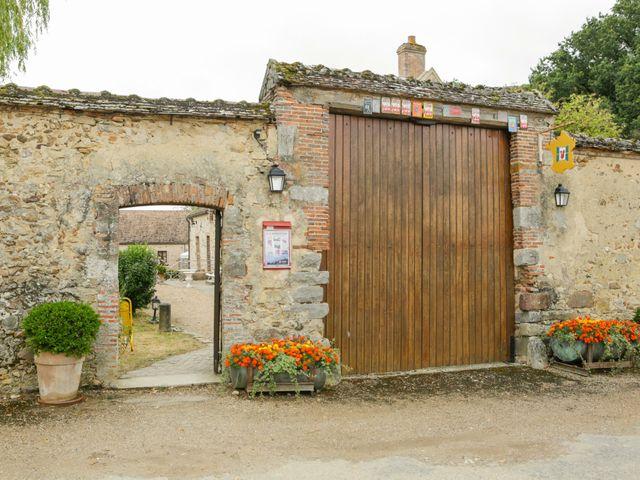Le mariage de Eric et Isabelle à Courtois-sur-Yonne, Yonne 4