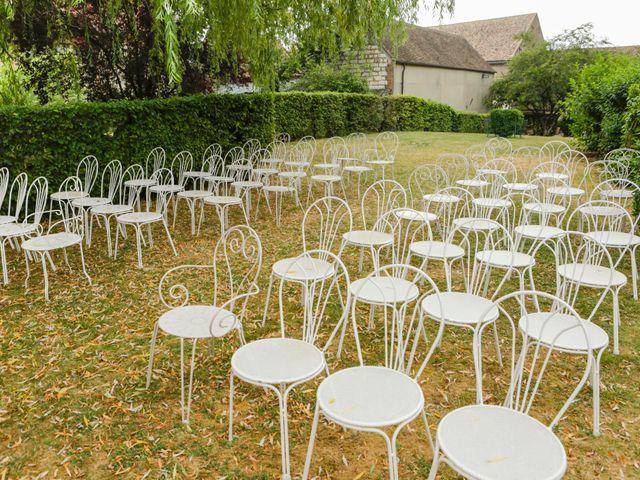 Le mariage de Eric et Isabelle à Courtois-sur-Yonne, Yonne 5