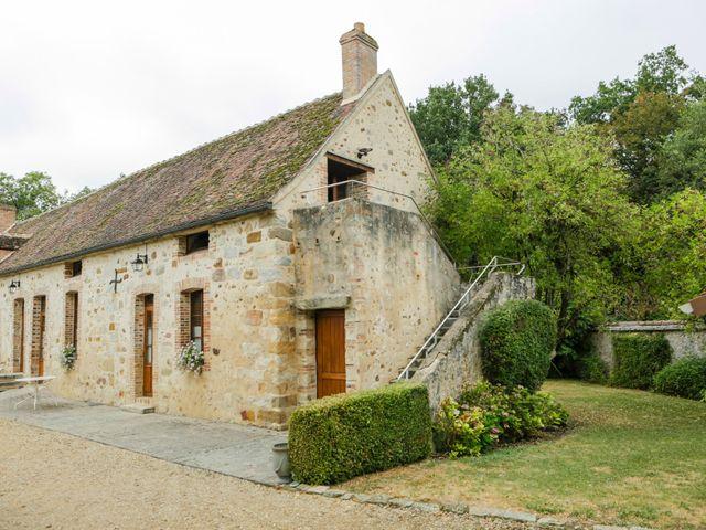 Le mariage de Eric et Isabelle à Courtois-sur-Yonne, Yonne 6