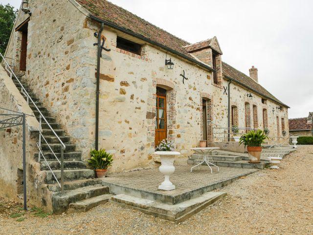 Le mariage de Eric et Isabelle à Courtois-sur-Yonne, Yonne 7