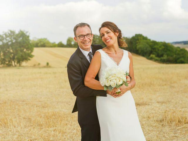 Le mariage de Eric et Isabelle à Courtois-sur-Yonne, Yonne 37