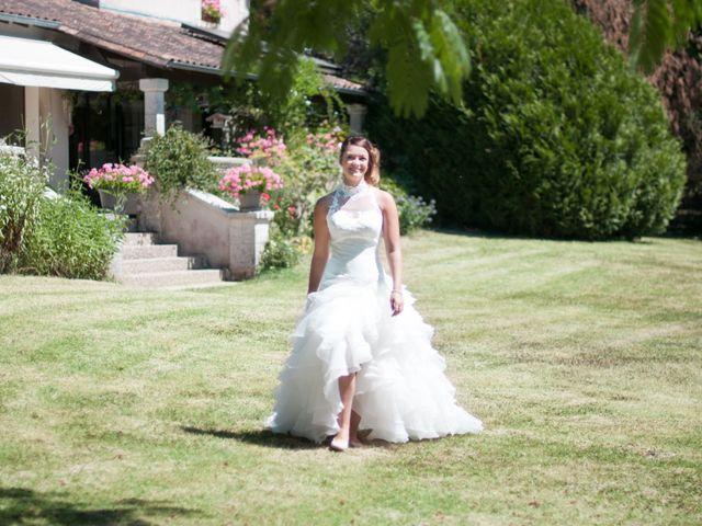 Le mariage de Franck et Anais à Bourdeilles, Dordogne 8