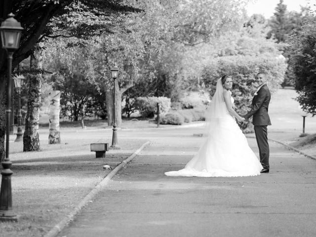 Le mariage de Vincent et Hélène à Saint-Germain-lès-Corbeil, Essonne 57