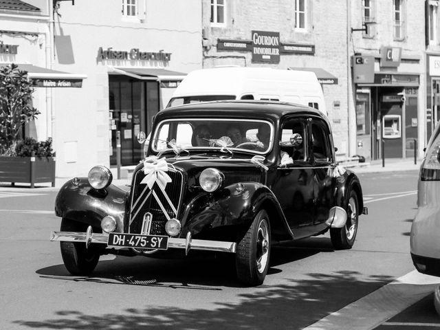 Le mariage de Chistopher et Alexa à Neuville-De-Poitou, Vienne 37