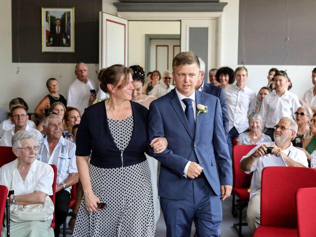 Le mariage de Chistopher et Alexa à Neuville-De-Poitou, Vienne 40